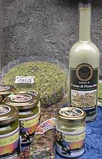 Pesto (in vasetti) e liquore di pistacchio